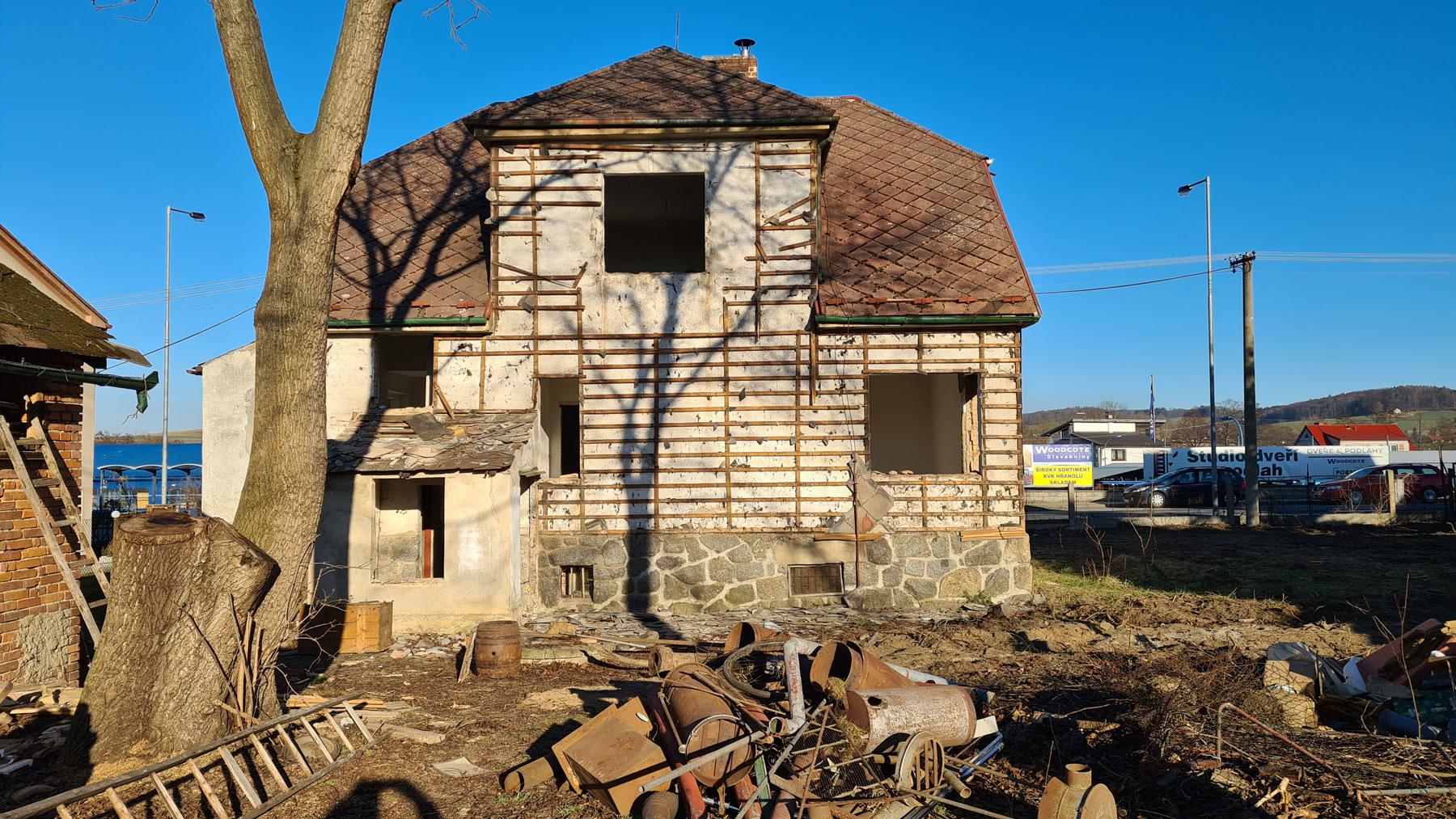 Nove-byty-Klatovy-zahajeni-demolice-Rezidence-pod-Sumavou (3)