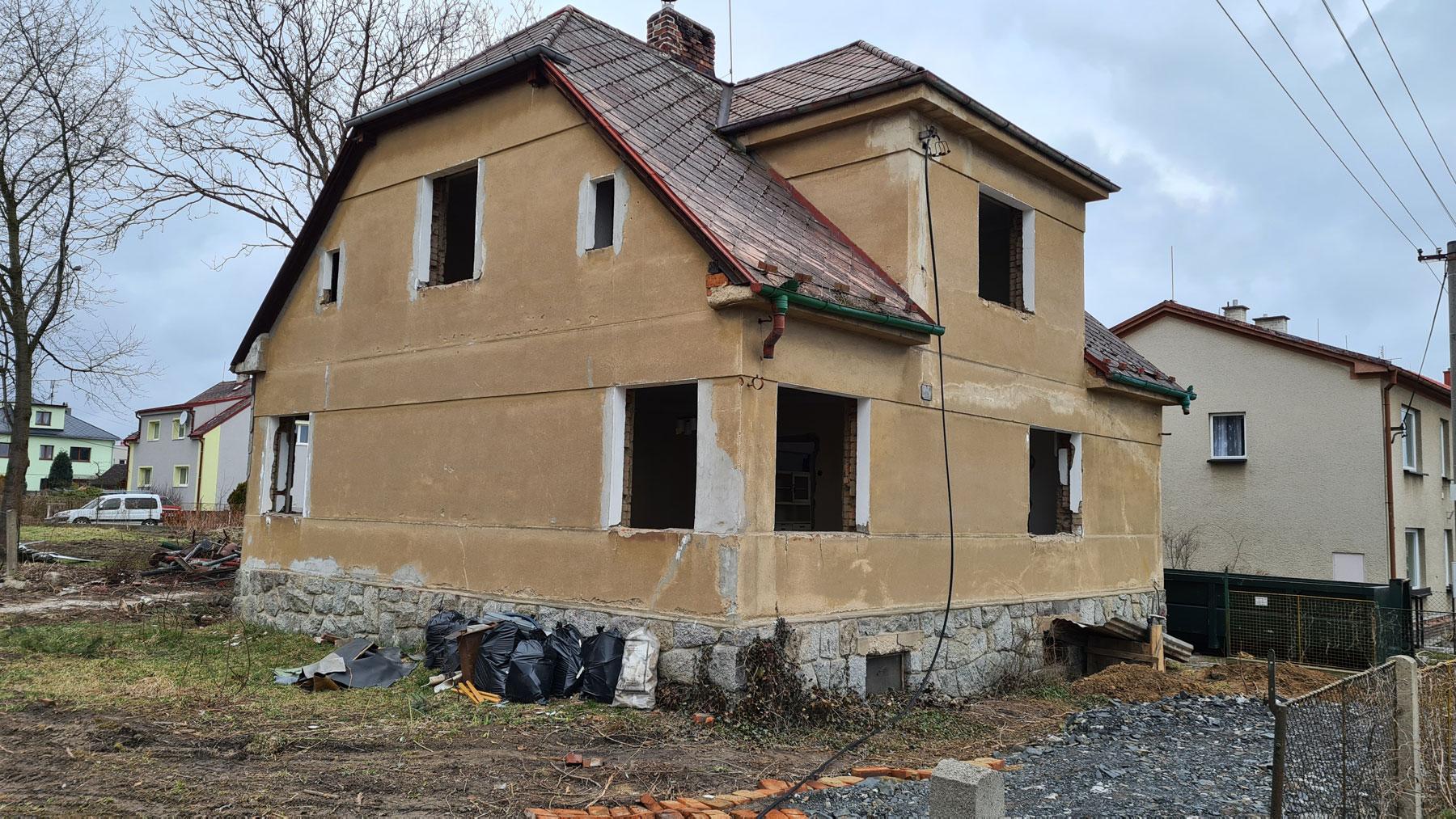 Nove-byty-Klatovy-zahajeni-demolice-Rezidence-pod-Sumavou (6)